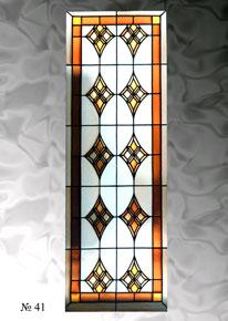 Узоры бежевые на стекле